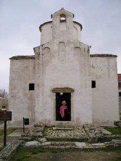 Nin Cathedral, the smallest in the World.