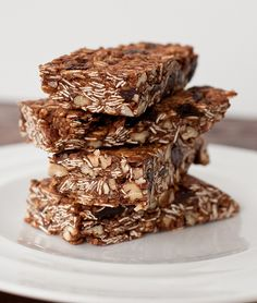 Homemade granola bars to fight off LBSCBS [low blood sugar cranky butt syndrome] evidently coined by The Pioneer Woman - very true