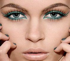 Make up for cat eye look  #blue #liner #makeup #cateye