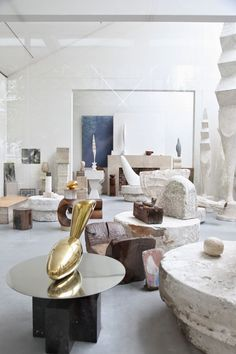 Atelier Brancusi  Atelier Brancusi  Place George Pompidou near rue Rambuteau  75004 Paris Hours 2:00-6:00pm  Closed Tuesdays and May 1st Free Entrance