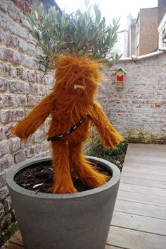 chewbacca in tree