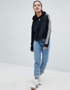 Order adidas Originals adicolor Three Stripe Cropped Hoodie In Black online today at ASOS for fast delivery, multiple payment options and hassle-free returns (Ts&Cs apply). Get the latest trends with ASOS. Adidas Fashion, Tomboy Fashion, Red Hoodie, Cropped Hoodie, Adidas Mode, Adidas Originals, Tomboy Stil, Pullover Mode, Adidas Outfit