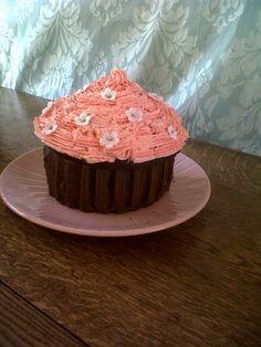 A Cupcake Cake