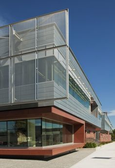 CANMET Material Technology Laboratory / Diamond Schmitt Architects (7)