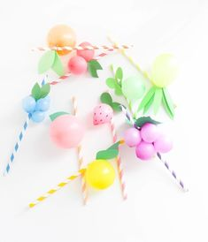 Sweet-and-colorful-fruit-balloon-straws-for-your-summer-parties-Lemons-limes-pineapples-strawberries-cherries-peach-orange-grapes-blueberries-via-A-Jo. Fruit Decoration For Party, Fruit Decorations, Balloon Decorations, Balloon Ideas, Diy Party Dekoration, Diy Girlande, Fruit Party, Tutti Frutti, Colorful Fruit