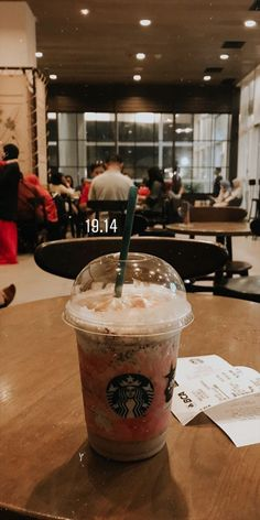 Cute Food, Good Food, Yummy Food, Starbucks Drinks, Starbucks Coffee, Tumblr Photography, Food Photography, Food N, Food And Drink