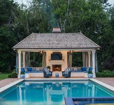 The 25 most popular pool house ideas for a relaxing vacation ., The 25 most popular Pool House ideas for a relaxing vacation Though age-old throughout thought, the particular pergola continues to be going. Luxury Swimming Pools, Swimming Pools Backyard, Swimming Pool Designs, Small Pool Houses, Small Pools, Houses With Pools, Pool Gazebo, Pergola Patio, Pergola Ideas