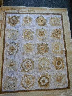 Raw edge appliqué quilting by Debi T. Via http://mqresource.com