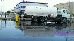 بالصور.. بلدية الخفجي تسحب تجمعات مياه الأمطار من الشوارع