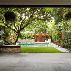 22 Marvelous Winter Garden Design For Small Backyard Landscaping Ideas — TERACEE The design of luxury homes cannot be separated from the uniqueness, authenticity, and ingenuity of using materials and exposure to their characteristics. The existence of … Home Garden Design, Backyard Garden Design, Small Garden Landscape Design, Landscape Bricks, Backyard Pool Landscaping, Landscaping Ideas, Acreage Landscaping, Pool Fence, Backyard Ideas