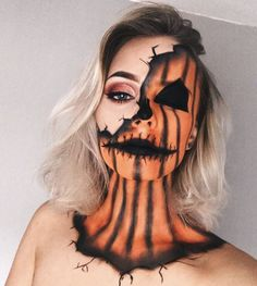 Halloween: 15 easy make-up makeup ideas Halloween Make-up Ÿ . - Halloween: 15 easy makeup ideas for Halloween Make-up🐺🧡 - Disfarces Halloween, Cool Halloween Makeup, Halloween Inspo, Halloween Pumpkin Makeup, Scarecrow Makeup, Pumpkin Halloween Costume, College Halloween Parties, Scary Scarecrow, Costume Makeup