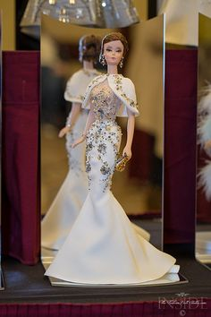 Fashion Dolls, Fashion Show, Fashion Outfits, Vintage Barbie Clothes, Doll Clothes, Barbie Wedding Dress, Wedding Dresses, Barbie Miss, Beautiful Barbie Dolls