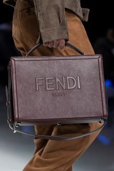 Fendi Fall 2020 Men's Fashion Show Details Cheap Handbags, Cute Handbags, Purses And Handbags, Men Fashion Show, Fashion Bags, Mens Fashion, Runway Fashion, Fall Fashion, Sacs Design
