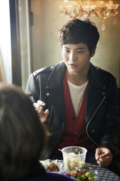 Moon Joo Won ♥ 7th Grade Civil Servant (MBC, 2013) ♥ Bridal Mask (KBS2, 2012) ♥ Ojakgyo Brothers (KBS, 2011) ♥ King of Baking, Kim Tak Goo as Ma Ju (KBS2, 2010)