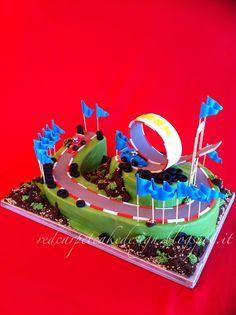FORMULA 1 CAKE by Red Carpet Cake Design