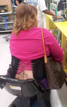 Designer Bags and Butt Cracks at Walmart: The epitome of elegance: a designer bag and a butt crack with a tattoo on it. You can't get any more Walmart than this Weird People At Walmart, Only At Walmart, Funny People, Funny Photos Of People, Walmart Customers, Walmart Shoppers, Funny Walmart Pictures, Walmart Funny, Poorly Dressed