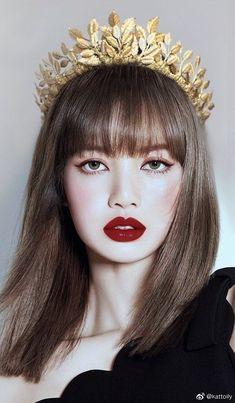 My bias kpop queen Jennie Blackpink, Blackpink Lisa, Blackpink Photos, Girl Photos, Pictures, Lisa Blackpink Wallpaper, Black Pink Kpop, Blackpink Memes, Blackpink Fashion