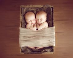 Newborn Posing with Kelly Brown | creativeLIVE