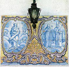 Do Tempo da Outra Senhora: Nossa Senhora no Azulejo Português -  Nossa Senhora da Conceição, Santo António e São Marçal (c. 1775-1790).   Painel de azulejos (99 x 269 cm).  Fabrico de Lisboa.  Colecção Solar, Lisboa.