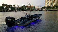 Used Bullet Bass Boats Bass Fishing Boats, Bass Fishing Tips, Fishing Rigs, Boat Organization, Ranger Boats, John Boats, Flat Bottom Boats, Boat Dealer, Fast Boats