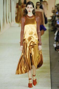 Roksanda Spring/Summer 2017 Ready-To-Wear Collection