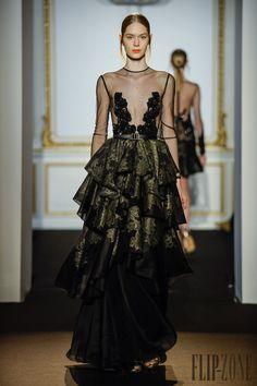 Dany Atrache Printemps-été 2015 - Haute couture - http://fr.flip-zone.com/fashion/couture-1/independant-designers/dany-atrache-5337