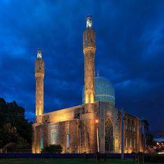 £ ₩£  EPYHH SHRINE Petersburg Mosque, St. Petersburg, Russia