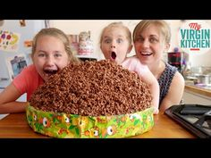 GIANT CHOCOLATE RICE KRISPY CAKE. Attempting to make a giant sized chocolate rice krispy cake  #giantfood #myvirginkitchen #barrylewis Giant Food, Giant Chocolate, Dessert Recipes, Desserts, Rice Krispies, Treats, Breakfast, Cake, Youtube