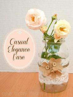 Floreros con frascos decorados con telas