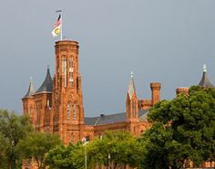 An amazing museum and a must see for anyone visiting from out of town! Pictured here is the Smithsonian Building, The Castle! Washington Dc Travel, Beautiful Buildings, Vacation Destinations, Vacation Ideas, Historical Sites, Abandoned Places, East Coast, Travel Usa, Places To Go