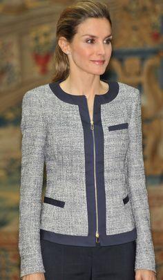 Queen Letizia in Hugo Boss 'Koralie' tweed jacket Hugo Boss, Trajes Business Casual, Chanel Style Jacket, Uniform Dress, Jackets For Women, Clothes For Women, Queen Letizia, Blazer Fashion, Tweed Jacket