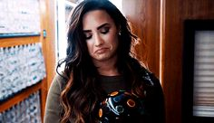 demi lovato and gif resmi