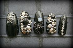Gothic 3D Nail Art-