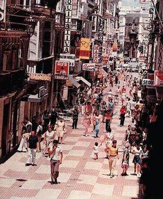 La calle Ancha en los 70. Cadiz, Panama, Spanish, Street View, City, Photos, Vintage, Andalusia, Spain
