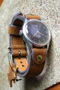 Cool Watches, Watches For Men, Leather Working Tools, Leather Workshop, Bracelet Cuir, Leather Watch Bands, Bracelets, Watch Straps, Oakley