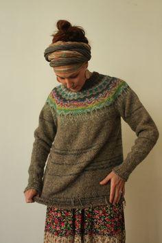 FREE SHIPPING! Handmade 100% natural Icelandic style sweater
