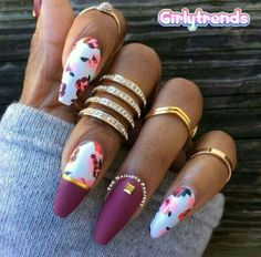 Cute Nail Designs For Spring – Your Beautiful Nails Fabulous Nails, Gorgeous Nails, Pretty Nails, Cute Acrylic Nails, Acrylic Nail Designs, Matte Nails, Hot Nails, Fancy Nails, Cute Nail Designs