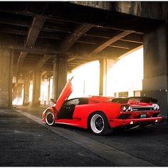 Old Skool Cool - Lamborghini Diablo