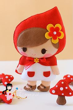 Little Red Ridding Hood, Chapeuzinho Vermelho Doll Crafts, Diy Doll, Cute Crafts, Felt Fabric, Fabric Dolls, Red Riding Hood Party, Little Red Ridding Hood, Craft Show Ideas, Sewing Dolls