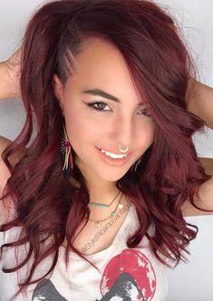 Haarschnitt Lange Haare - Undercut Long Hair: Long Undercut Hairstyles and Haircuts for Women Shaved Side Hairstyles, Diy Hairstyles, Straight Hairstyles, Pretty Hairstyles, Hairdos, Hairstyles 2018, Shaved Undercut, Undercut Long Hair, Undercut Women