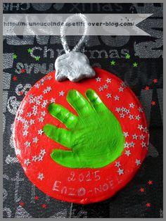 - Aujourd'hui je partage avec vous une idée de cadeau de � pour les parents d'enfant plus petit ! ( ici bébé de 7 mois ) 1) étaler la pâte a modeler durcissante a l'air libre , pas trop fin ! au moins 1 cm , a l'aide d'une petite assiette de chez IKEA...