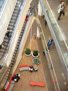 Renoma | Benoy Retail Architecture, Garden Architecture, Interior Design Elements, Shopping Malls, Retail Interior, Retail Shop, Atrium, Shopping Center, Commercial Interiors