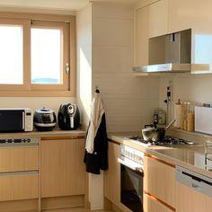 Japan Apartment, Dream Apartment, Apartment Kitchen, Apartment Interior, Kitchen Interior, Home Decor Kitchen, Kitchen Design, Home Room Design, House Design
