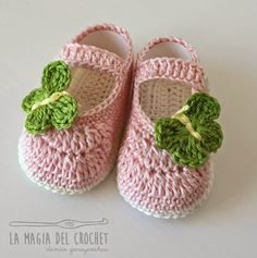 La Magia del Crochet: ZAPATITOS PARA BEBÉ DE 6 A 9 MESES Tutorial & Video ༺✿ƬⱤღ https://www.pinterest.com/teretegui/✿༻