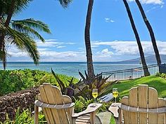 New Lower Rates! - Beautiful 4 BR Beachfront House on the Sand in Lahaina Lahaina Hawaii, Hawaii Usa, Hawaii Travel, Beach Vacation Rentals, Vacation Rental Sites, Vacation Ideas, Beachfront House, Maui, Places To See