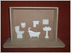 Quadro feito em mdf e miniaturas feita em resina 100% pura - branca R$ 25,20