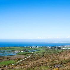 Taken from the same hill as yesterday but looking towards the coast and St Ives. The sea mist had gone by the afternoon.  I heard a cuckoo or two. . . . . . .  #landscapephotography #landscape #photography #spring #stives #cornwall