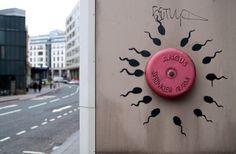 BANKSY STOLEN – バンクシー作品10点が無許可で撤去 オークションに 推定額 4.3億円 #Banksy #StealingBanksy