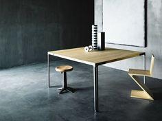 FAN Mesa de madera maciza by Desalto diseño Piero Lissoni