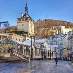 #reveltonhistory The Market Colonnade is the most popular architectural and historical place of Karlovy Vary. For many centuries tourists have come here from over the world. And do you have any alike photos of Kar